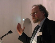 Prof. Heiner Bielefeldt hält uns den Festvortrag        Foto: E.L Vatter)