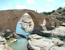 "2. Bild: Die ""wunderschöne Brücke"" bei Zakho - ""Dalale"""